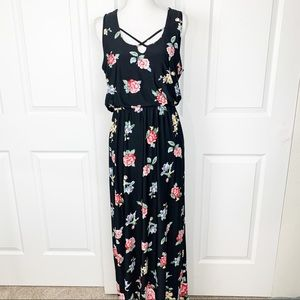 Trixxi Black Floral Sleeveless Maxi Dress